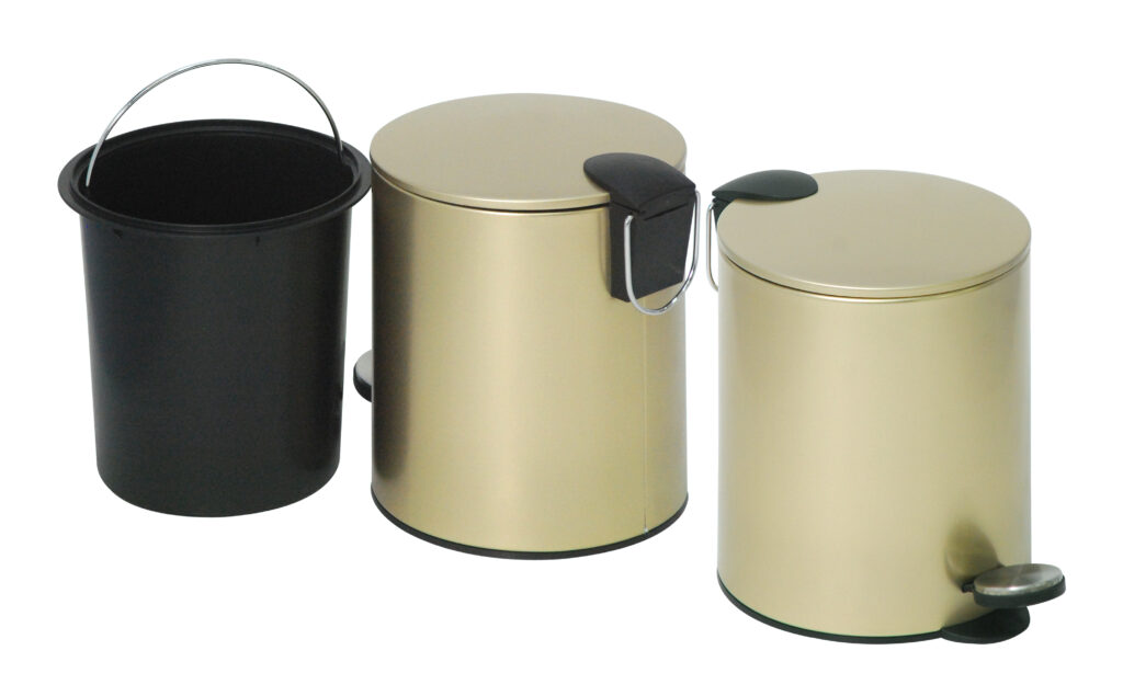 Establish a healthy kitchen with closed pedal bins. These keep pests away. You can use them to upcycle food scraps too!
