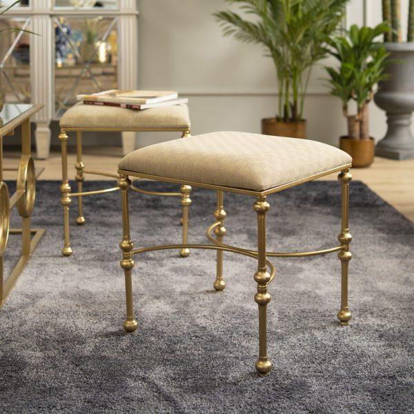 Aisah Vanity Upholstered Dressing Stool . FCHATQ160401